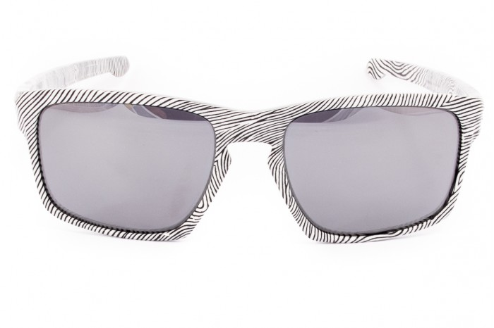 df95a68b036 ... Sunglasses OAKLEY Sliver Fingerprint White OO9262-15. Reduced price.  Previous